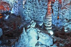 Cueva grande en Israel foto de archivo