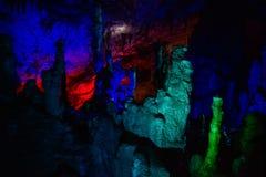 Cueva iluminada azul y verde de PROMETHEUS imagen de archivo libre de regalías