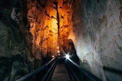 Cueva interior del diamante de la cueva del Nai de Phra Nang Imágenes de archivo libres de regalías