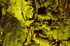 Cueva sagrada antigua de Minoan Psychro donde estuvo nacido dios Zeus Crete, Grecia Cueva de Psychro o cueva de Zeus imagen de archivo libre de regalías