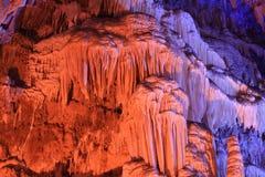 Cueva subterráneo mágica hermosa imagen de archivo libre de regalías