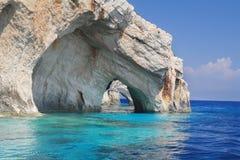 Cuevas azules en la isla de Zakynthos, Grecia Fotos de archivo libres de regalías