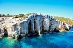 Cuevas azules en la isla de Zakynthos, Grecia Foto de archivo libre de regalías