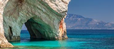 Cuevas azules, isla de Zakinthos, Grecia Imagen de archivo
