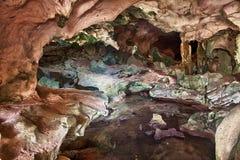 Cuevas de la barra de la concha, Caicos medio imagenes de archivo
