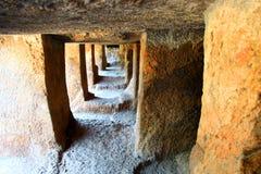 Cuevas de Undavalli, la India Fotos de archivo