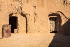 Cuevas residenciales de la troglodita en Matmata, Túnez, África Imagenes de archivo