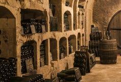 Cuevas viejas Castellane Pupitres en Epernay Foto de archivo