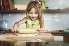 Cueza al panadero Bakery Chef Cookie Joy Children Kid Concept Fotos de archivo libres de regalías