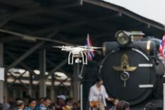 Cueza el tren al vapor en el ferrocarril del estado de Tailandia 119 años de aniversario Imagen de archivo