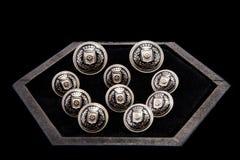 cufflinks na ciemnym boxConcept men& x27; s spojrzenie Zdjęcia Stock