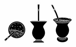 Cuia avec le compagnon, l'eau et le Bombilia de Yerba Suffisance noire illustration libre de droits