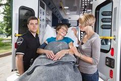 Cuidado de emergência idoso Imagem de Stock Royalty Free