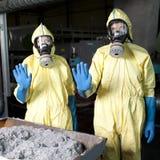 Cuidado debido a peligro radiactivo imagen de archivo libre de regalías