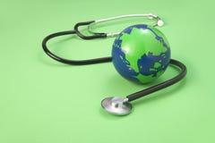 Cuidado médico de la tierra Imágenes de archivo libres de regalías