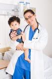 Cuidado médico de los niños foto de archivo libre de regalías