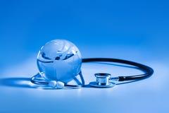 Cuidado médico global Fotos de archivo libres de regalías