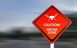 Cuidado, zona do zangão - sinal de aviso vermelho da aviação sobre operações de UAS foto de stock