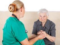 Cuidador e paciente imagens de stock
