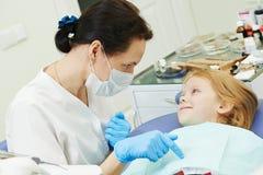 Cuidados dentários da criança Fotografia de Stock Royalty Free