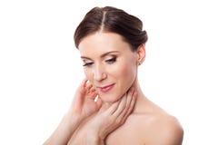 Cuidados hermosos de la mujer para el cuello de la piel Imagen de archivo libre de regalías