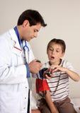 Cuidados médicos da criança Fotos de Stock