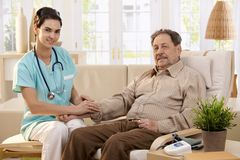Cuidados médicos em casa Imagens de Stock