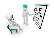 Cuidados médicos - vista do paciente de exame do oculista Fotografia de Stock