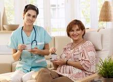 Cuidados médicos em casa Fotografia de Stock