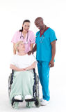 Cuide y cuide tomar cuidado de un paciente Imagen de archivo libre de regalías