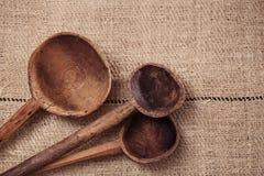 Cuillères en bois de vrai vintage Image libre de droits