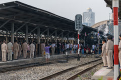 Cuisez le train à la vapeur au chemin de fer d'état de la Thaïlande 119 ans d'anniversaire Images libres de droits