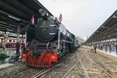 Cuisez le train à la vapeur au chemin de fer d'état de la Thaïlande 119 ans d'anniversaire Photo libre de droits