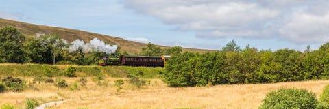 Cuisez le train à la vapeur du chemin de fer d'héritage dans Blaenavon, Pays de Galles, R-U photo stock