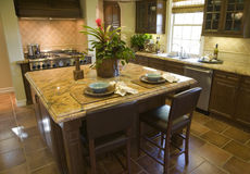 Cuisine à la maison de luxe. Image stock