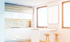 Cuisine en bois légère avec une barre, côté, modifié la tonalité Photo stock