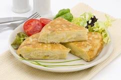 Cuisine espagnole. Omelette espagnole. Tortilla de patatas. Photos stock