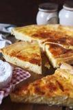 Cuisine française Tarte de fromage de Norman Camembert Photo libre de droits