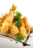 Cuisine japonaise - crevettes cuites en friteuse Photos stock