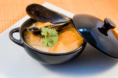 Cuisine japonaise, soupe avec l'huître Image libre de droits