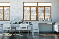 Cuisine moderne blanche dans une maison avec une belle conception Photo stock