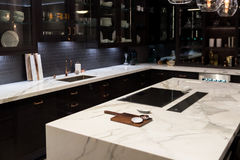 Cuisine supérieure de marbre de luxe Photos libres de droits
