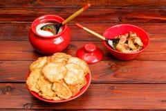 Cuisine traditionnelle biélorusse Photos libres de droits