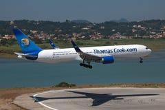 Cuisinier Boeing 767-300 de Thomas Photographie stock libre de droits