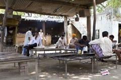 Cuisinier rural indien Images libres de droits