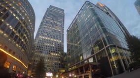 Cuisson Canary Wharf intemporel au crépuscule banque de vidéos