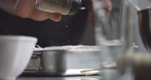 Cuisson de l'espanola de tortilla de pain de pomme de terre Photos libres de droits