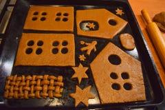 Cuisson de la maison de pain d'épice Photo libre de droits