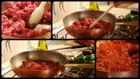 Cuisson de la sauce bolonaise à viande banque de vidéos