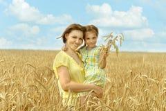 Cuisson de mère et de fille Photographie stock
